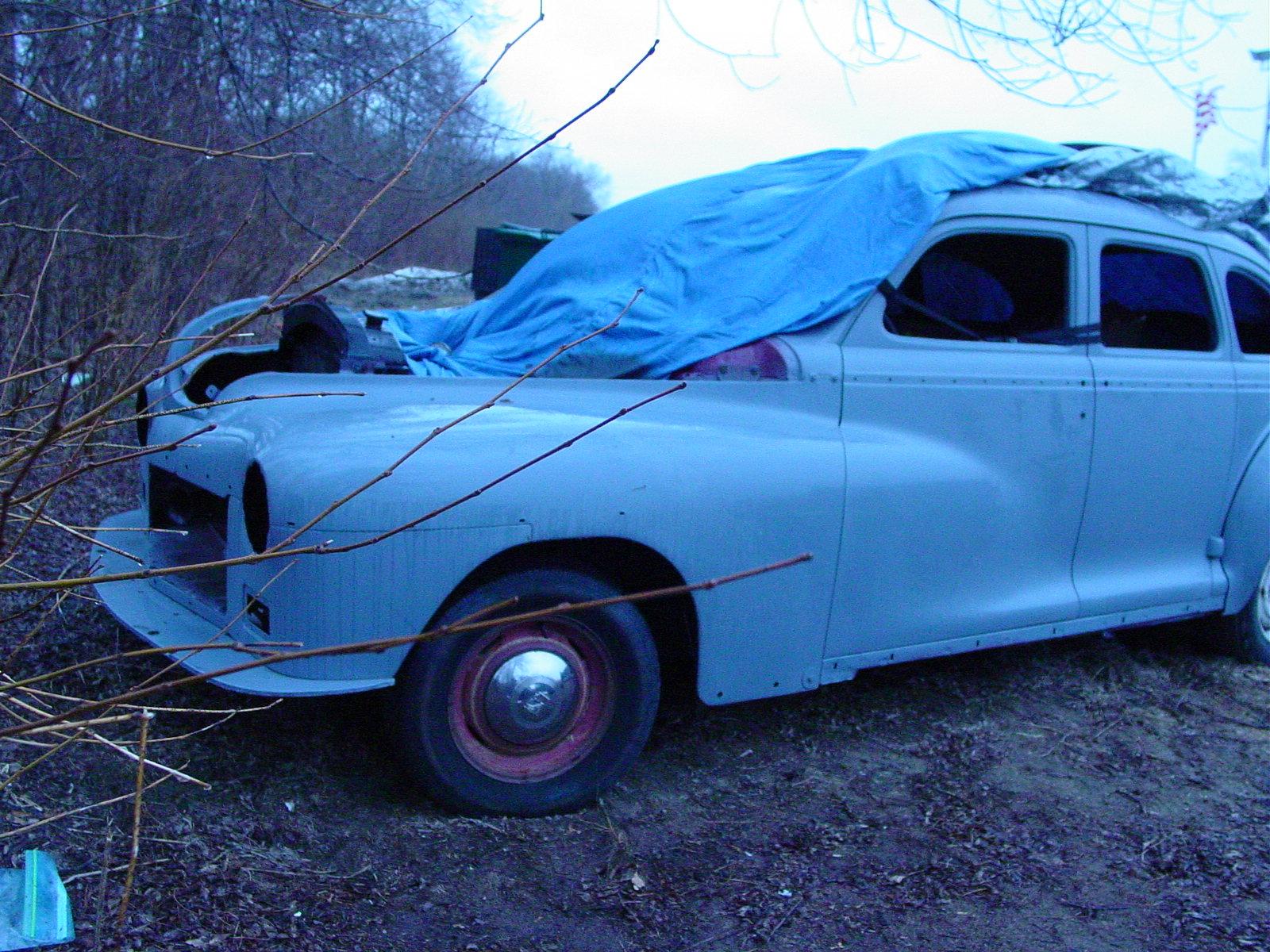 1947 dodge 4 door gets air bags midnight hot rods for 1947 dodge 2 door sedan